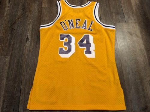 mitchell-and-ness-swingman-review-nba-backside