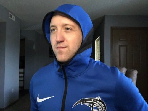 nike-nba-therma-flex-showtime-hoodie-review-face