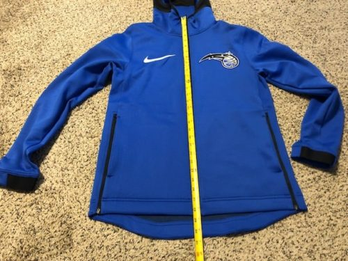 nike-nba-therma-flex-showtime-hoodie-review-front-measurement