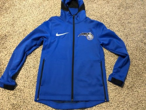 nike-nba-therma-flex-showtime-hoodie-review-frontside
