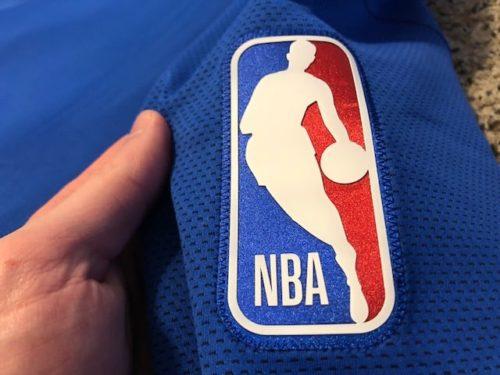 nike-nba-therma-flex-showtime-hoodie-review-nba-logo-close-up